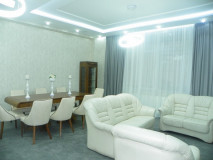 For Rent 150 sq.m. Apartment in I. Chavchavadze Ave.