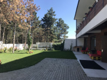For Rent 600 sq.m. Private house  in Kaklebi