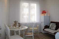 For Rent 50 sq.m. Apartment in Berdzenishvili st.