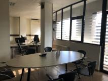 ქირავდება საოფისე ფართი, რომელიც შედგება 3 ოთახისგან ვაკაში, ილია ჭავჭავაძის გამზირზე. ოფისი გარემონტებულია და მდებარეობს ინფრასტრუქტურულ-აქტიურ ზონაში. საერთო ფართი: 110 კვ. მ;