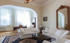 For Rent 200 sq.m. Private house in Abasheli st