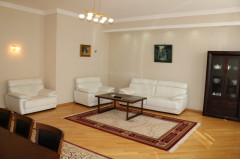 For Rent 170 sq.m. Apartment on A.Razmadze st.