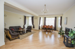 For Rent 135 sq.m. Apartment in A.Chavchavadze st.