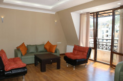For Rent 115 sq.m. Apartment in Ingorokva st.