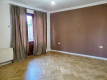 Satılık 145 m² Apartman Dairesi in E. Tatishvili st.