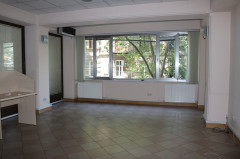 For Rent 170 sq.m. Office in L. Asatiani st.
