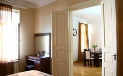 For Rent 102 sq.m. Apartment in Takaishvili st.