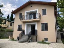 For Rent 330 sq.m. Private house in Digomi 7