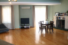 For Rent 150 sq.m. Apartment in Chakhrukhadze st.