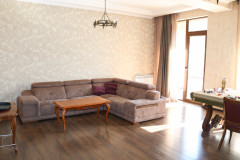 For rent 4 room apartment, with 3 bedrooms, isolated kitchen, closet room, 2 WC, veranda type balcony with the great views on the city, with own parking place, fully equipped with necessary furniture and techniques. In Vake, on Abashidze street, near to the Vake Park, in new building. There is a reception in the entrance of the building and  an intercom in the apartment.