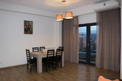 Сдаётся 140 кв.м. Квартира на ул. Тамарашвили