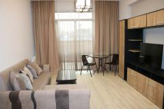 Сдается  2 комнатная квартира студииногь типо, с одной спальней, на улице Картозия, недалеко от ипподрома, в комплексе 'М2'. Квартира полностью оборудована мебелью и техникой. Есть собственное парковочное место.