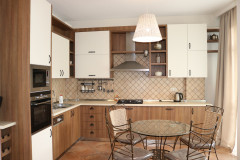 For Rent 120 sq.m. Apartment in I. Chavchavadze Ave.