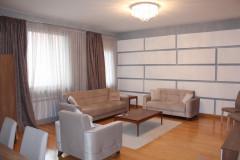 Kiralık 328 m² Apartman Dairesi  in Vake dist.