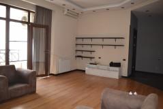 Kiralık 170 m² Apartman Dairesi in N. Ramishvili st.