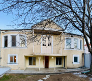 Kiralık 360 m² Müstakil Ev in Tskneti dist.