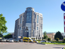 For Sale 70 sq.m. Apartment in Saakadze square