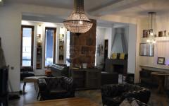 For Sale 170 sq.m. Apartment on Kostava st.