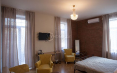 For Rent 170 sq.m. Apartment in G. Akhvlediani st.