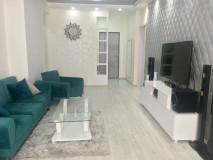 For Rent 100 sq.m. Apartment in Kavtaradze st.