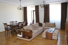 For Rent 170 sq.m. Apartment in  Shatberashvili st.