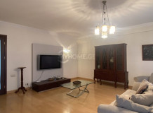 For Rent 203 sq.m. Apartment in Kavsadze st.