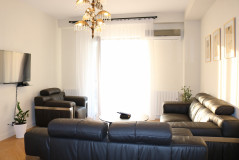 For Rent 75 sq.m. Apartment in I. Chavchavadze Ave.
