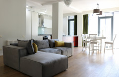 For Rent 175 sq.m. Apartment in Melikishvili st.
