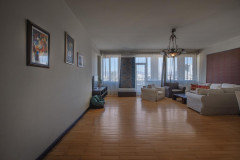 For Sale 215 sq.m. Apartment in Shrosha st.